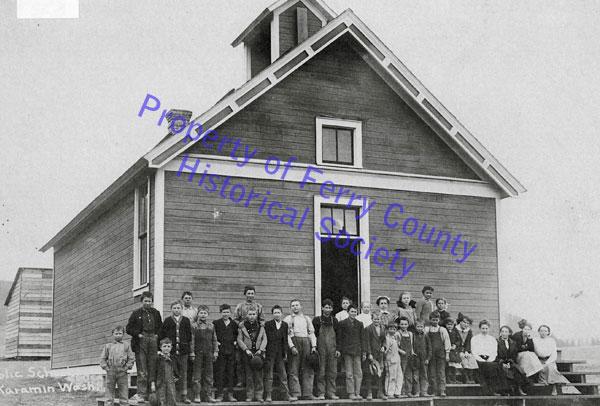 Karamin School P093320 © Ferry County Historical Society